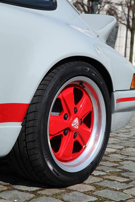 Dp Motorsport Creates A Porsche 911 Rs For The 964 Gen Model