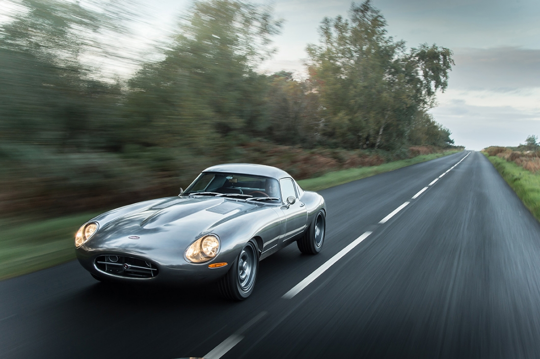 1961 Jaguar E-Type from Austin Powers - Cool Cars in Movies