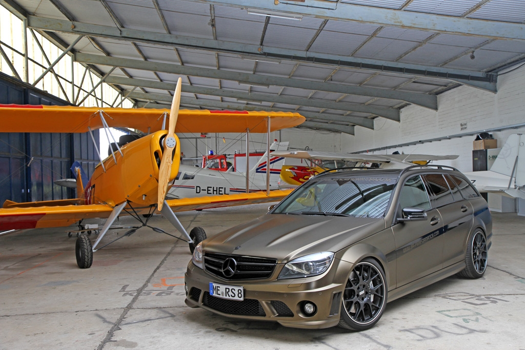 SR-Performance and FolienCenter-NRW Team Up on a C63 AMG