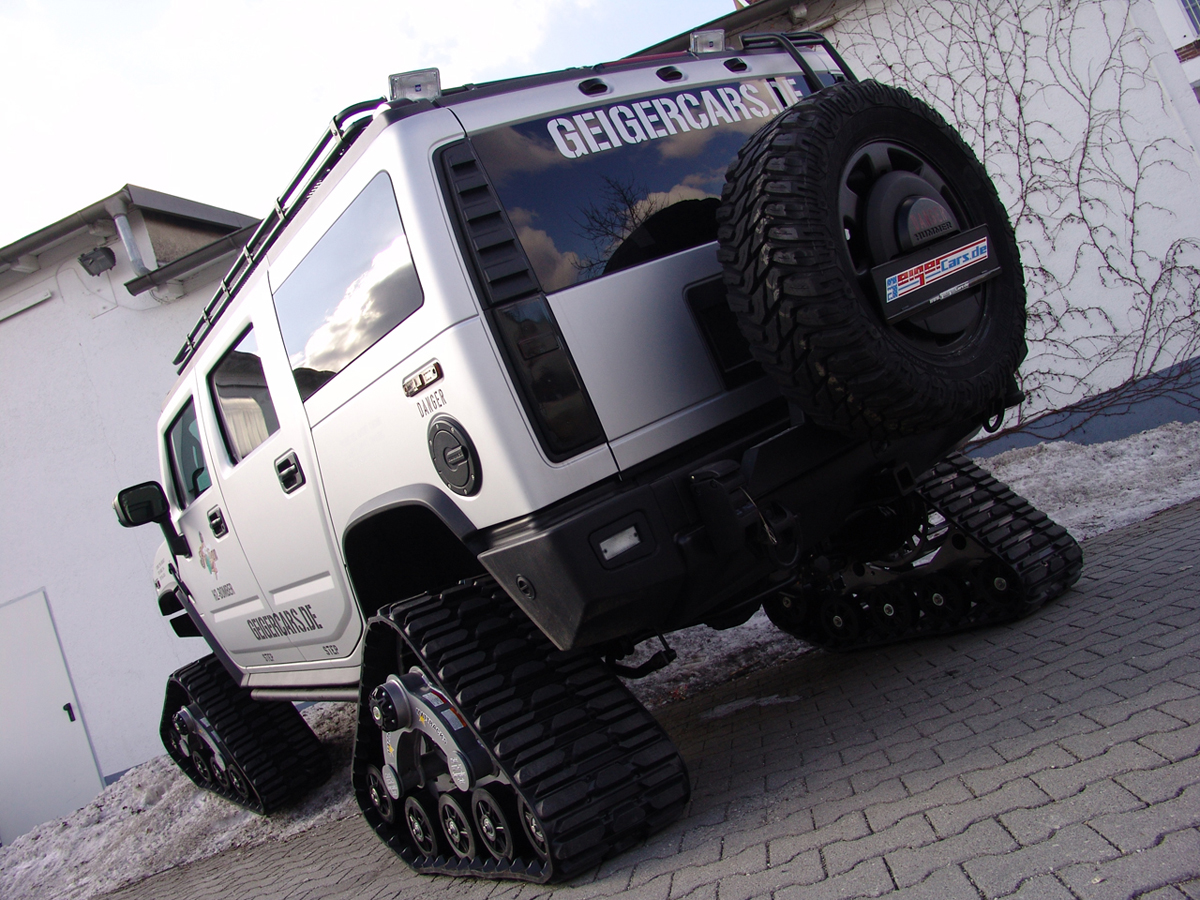 Geigercars Hummer H2 Bomber Exposed