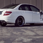 Kicherer Mercedes-Benz C63 AMG White Edition
