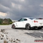 nissan-gt-r-specialized-performance-10
