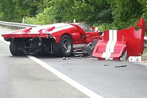 Ford GT Mk II Replica Crash