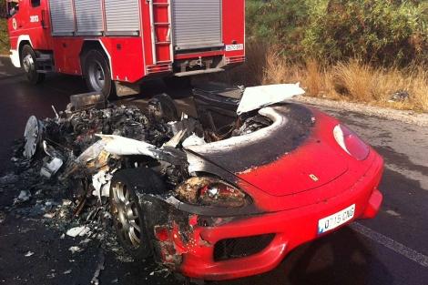 Friday Fail - Burning Ferrari