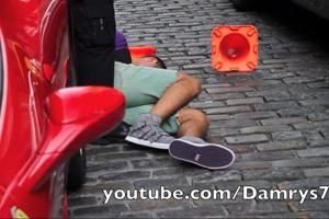 Friday Fail: Where Ferraris run over Policeman's Feet