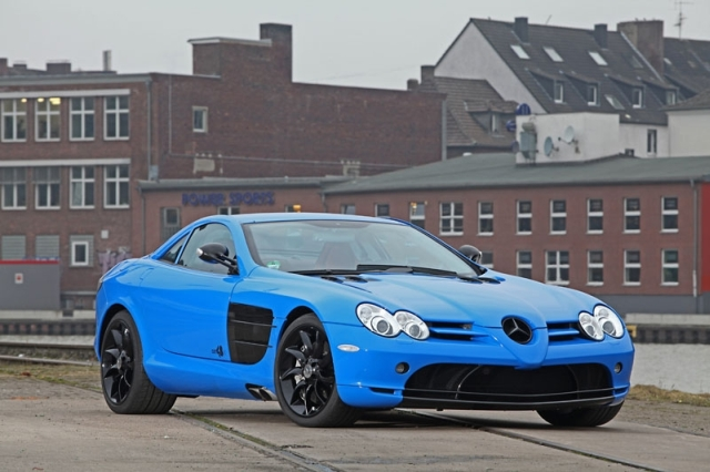 The Mercedes Benz McLaren SLR Gets a Vibrant New Skin from CUT48