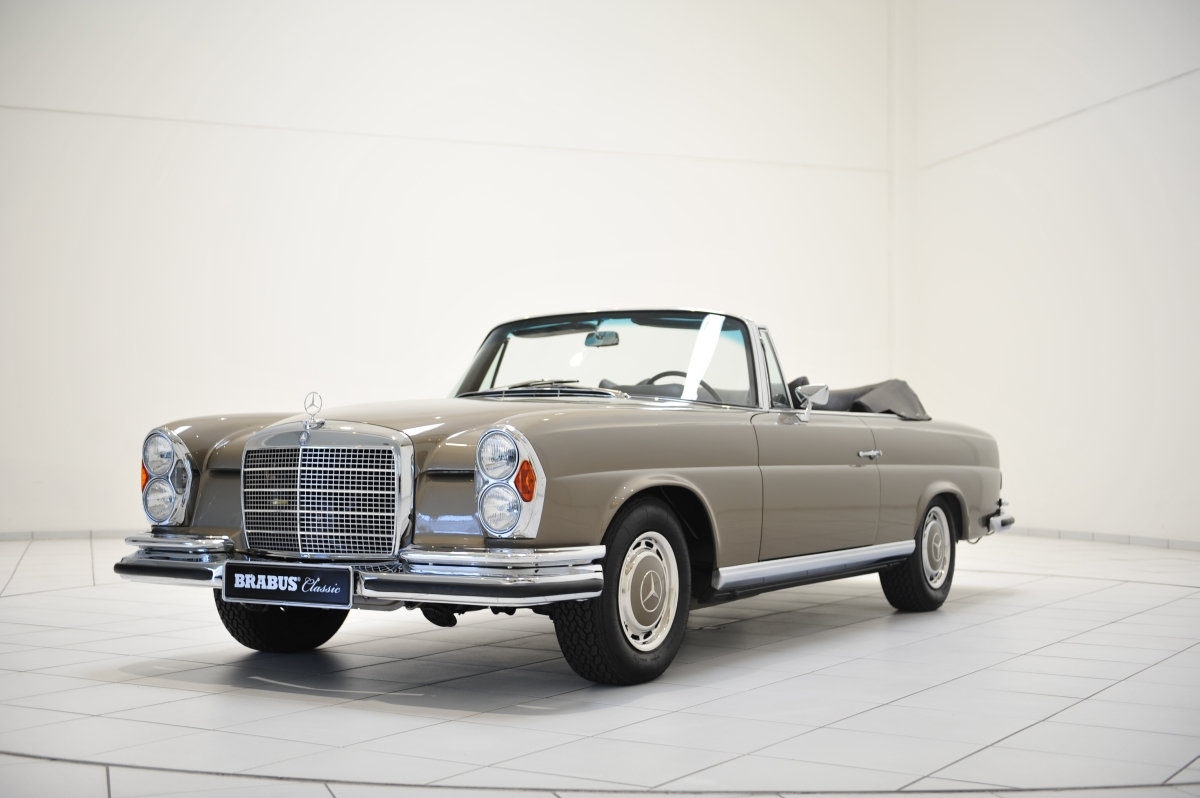 brabus restores a stunning mercedes benz 280 se cabriolet. Black Bedroom Furniture Sets. Home Design Ideas