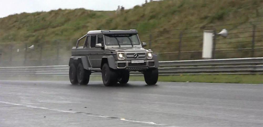 G63 AMG 6x6 on Track