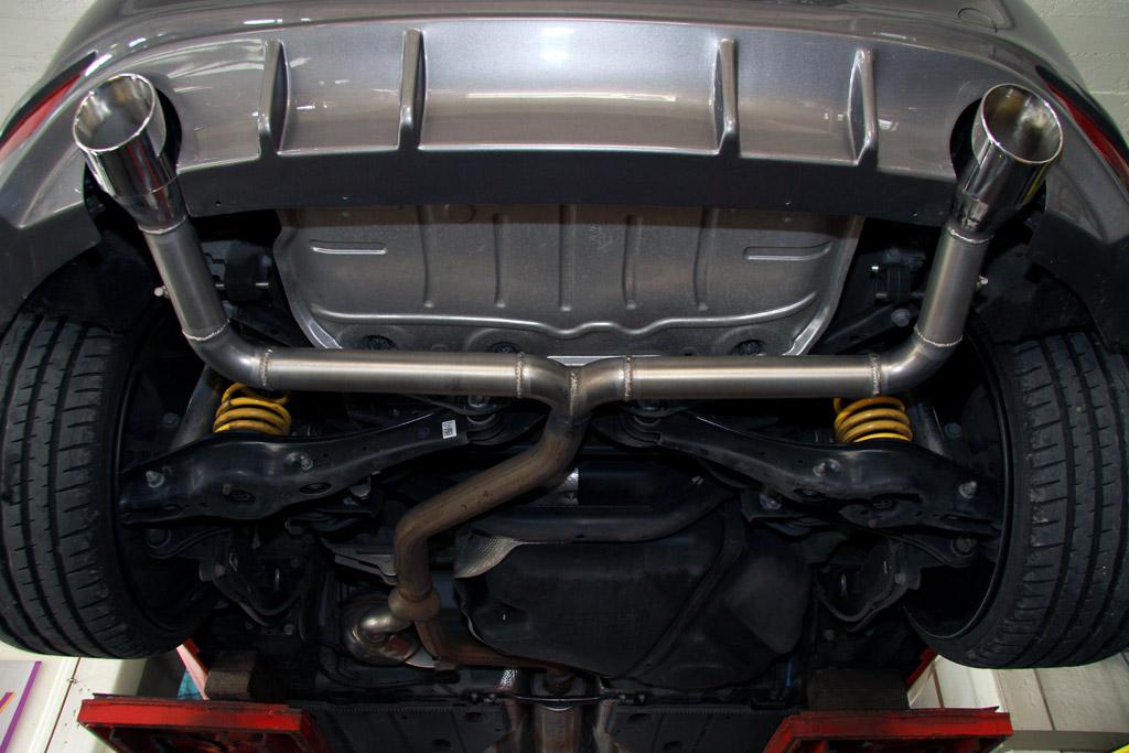 MR Racing Volkswagen Golf GTD