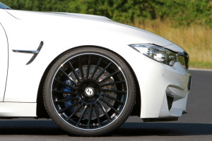 BMW M4 Converitble with mbDESIGN VENTi-R Wheels
