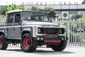 Land Rover Defender 2.2 TDCI XS 110 Double Cab Pick Up – Chelsea Wide Track