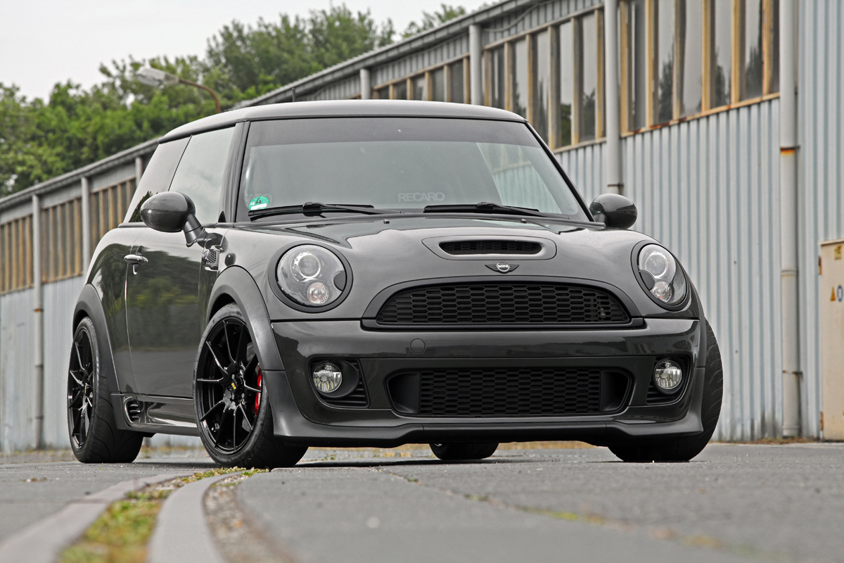 ok chiptuning goes british with the r56 mini jcw. Black Bedroom Furniture Sets. Home Design Ideas