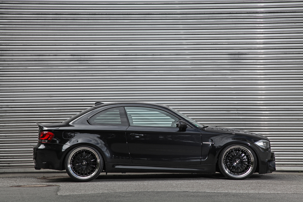 ok chiptuning brings out the power with the bmw 1 series m. Black Bedroom Furniture Sets. Home Design Ideas