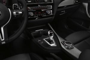 2016 BMW M2 (2)