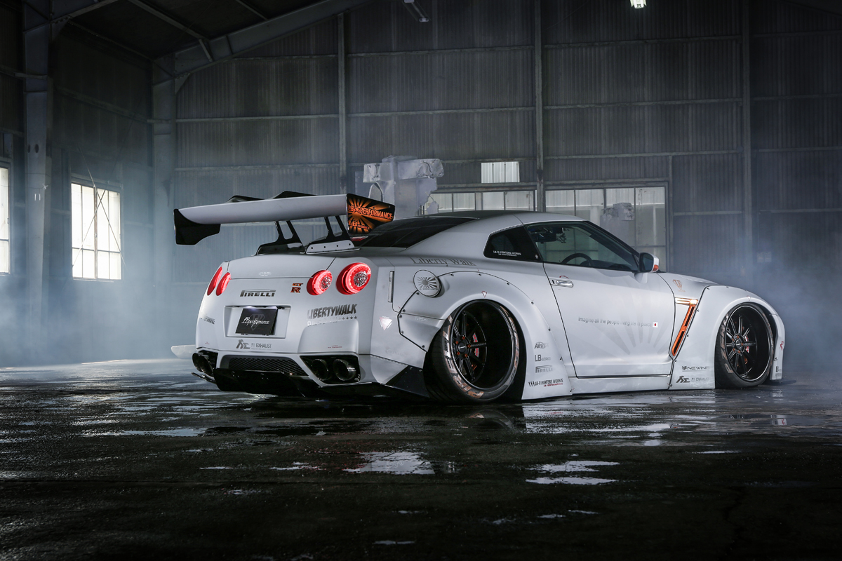 Get Wide In Europe Thanks To Liberty Walk S R35 Gt R Kits