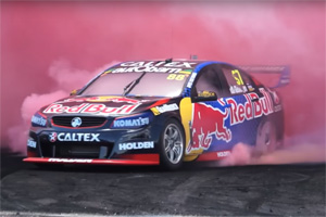 Aussie V8 Supercars Burnout