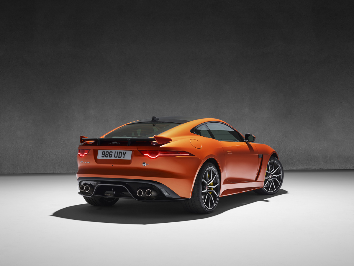 Jaguar F-Type SVR (43)