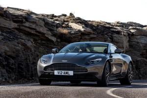 2017 Aston Martin DB11 (13)