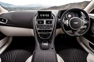 2017 Aston Martin DB11 (21)