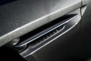 2017 Aston Martin DB11 (35)