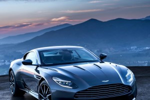 2017 Aston Martin DB11 (8)