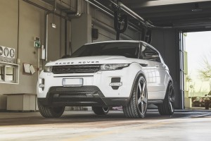 Range Rover Evoque with Fondmetal STC-02 wheels