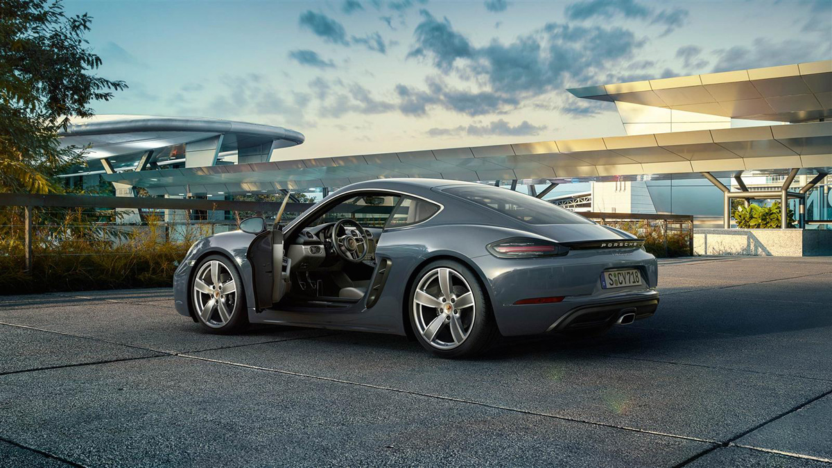 the new porsche 718 cayman brings the four cylinder fun. Black Bedroom Furniture Sets. Home Design Ideas
