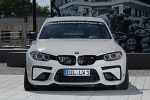 Lightweight Performance BMW M2