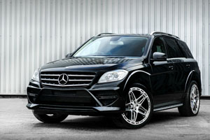 Kahn Design Mercedes ML Saxton 4x4
