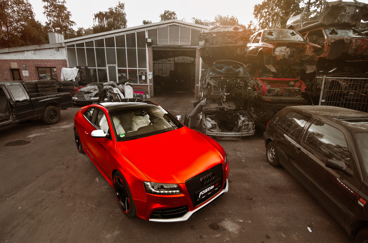 Fostla Matte Red-Chrome Audi RS5
