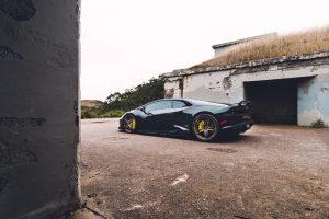 black-lamborghini-huracan-lp610-4-tuned-bronze-split-5-spoke-racing-wheels-rims-adv1-g