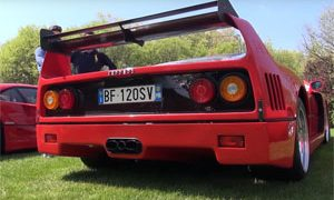 Cat-Less Ferrari F40 Exhaust Sounds