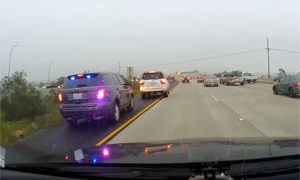 Ford Explorer Police Gets illegal lane change