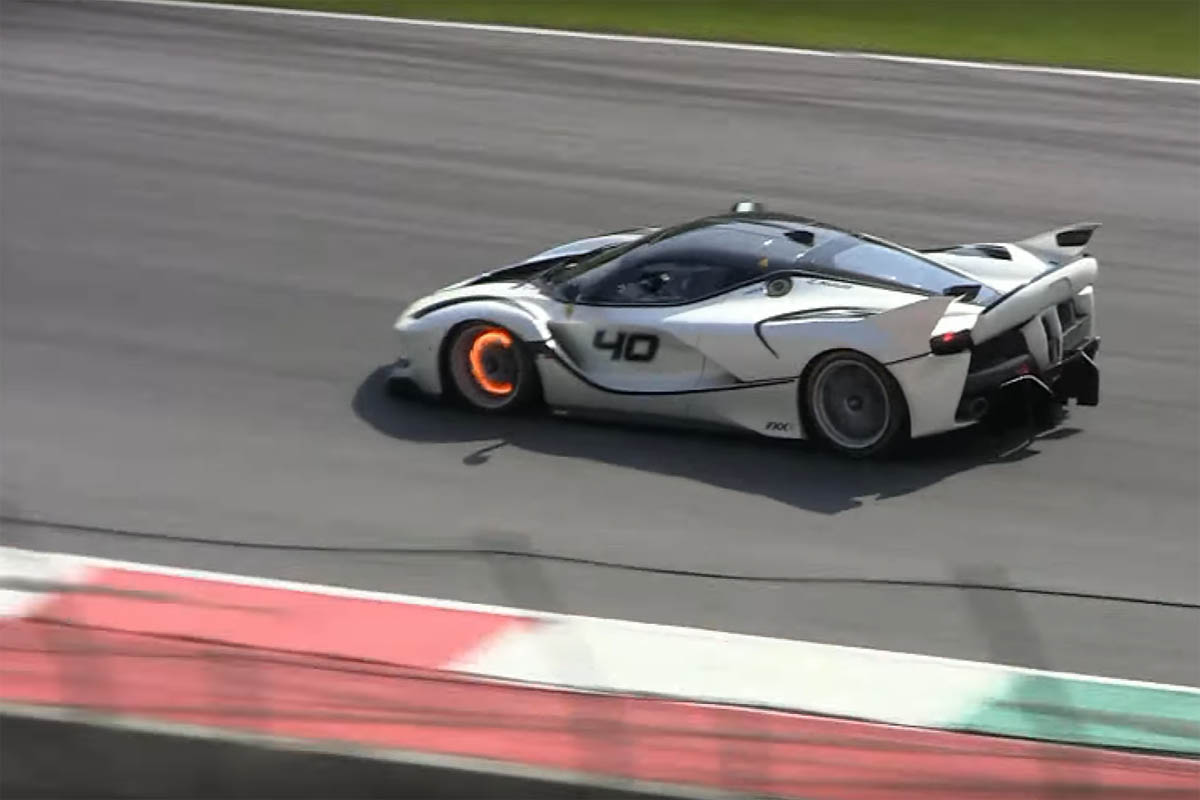Ferrari FXX K Mugello CircuitFerrari FXX K Mugello Circuit