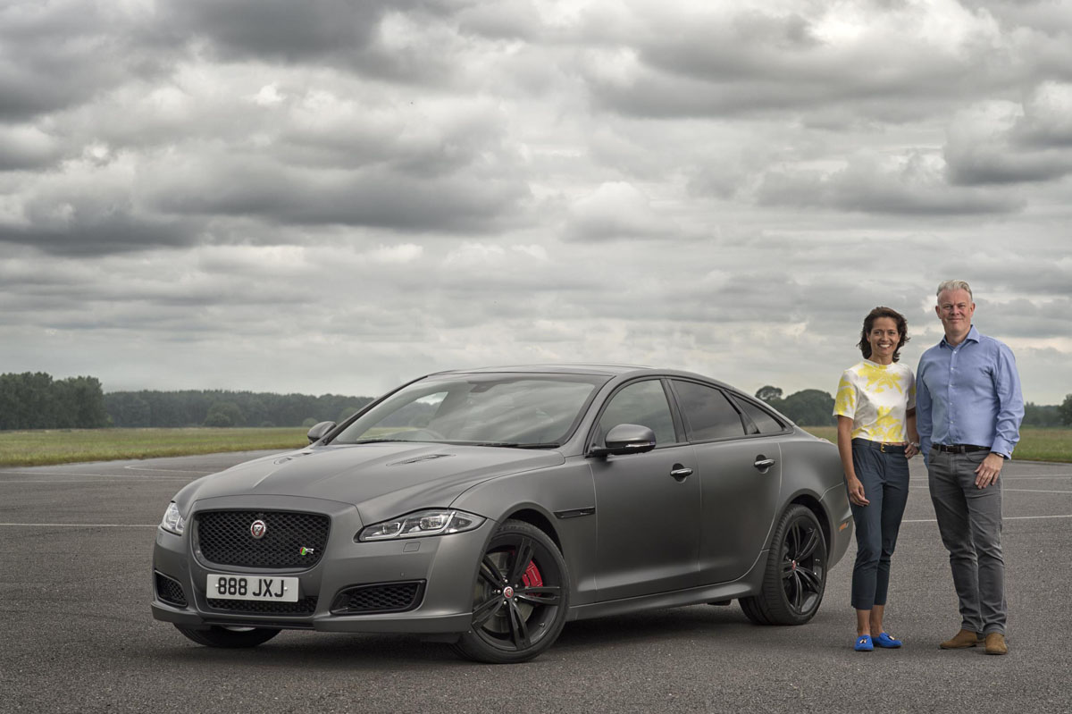 the jaguar xjr575 makes a 186 mph debut motoringexposure. Black Bedroom Furniture Sets. Home Design Ideas